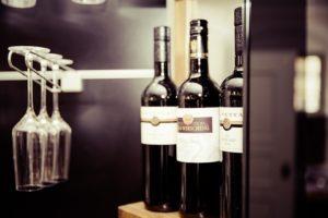wine-928256_640